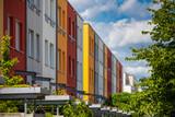 Fassade Reihenhaus Neubau Immobilien - 114391763