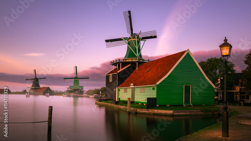 Deurstickers Amsterdam Twilight at Zaanse Schans, windmills village, near Amsterdam