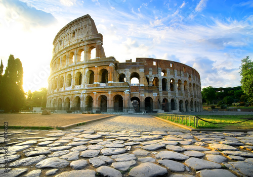 Road to Colosseum
