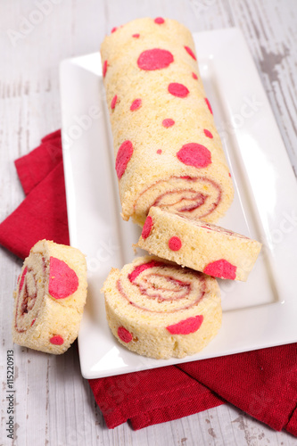 fototapeta na ścianę sweet roll cake