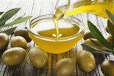 Olive oil - 115427780