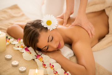 Back Massage © milanmarkovic78