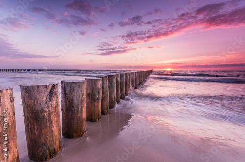 Fototapety, obrazy : Wooden breakwater - Baltic seascape at sunset, Poland