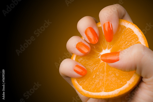 Foto op Plexiglas Manicure orange nails