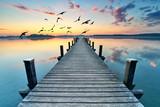 Fototapety Sommermorgen am See, Badesteg in morgendlicher Stille