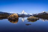 Matterhorn und Stellisee in den Schweizer Alpen