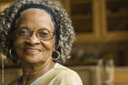 Poster Senior African American woman at home