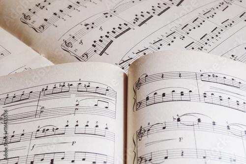 Piano sheet music  - 116433556