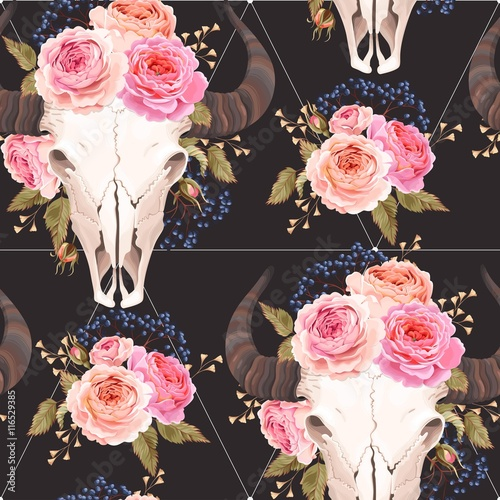 Buffalo skull decorated with flowers seamless - 116529385