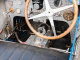 Blick in das Cockpit eines italienischen Oldtimer-Rennwagens