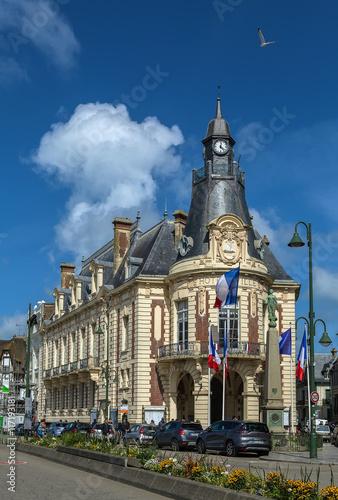 Foto op Aluminium New York Trouville-sur-Mer Town Hall, France