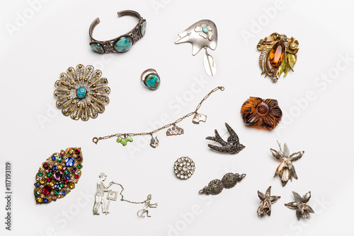 Stampa su Tela Vintage antique jewelry collection isolated on a light background
