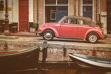 Vue sur un ancien canal à Amsterdam