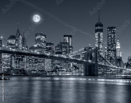 mata magnetyczna Nowy Jork nocą