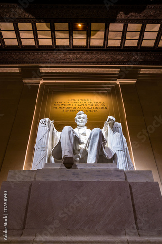 Abraham Lincoln Memorial at night Poster