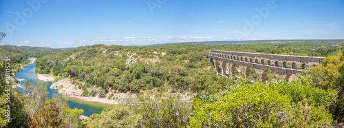 Foto op Canvas Pistache Panorama du Pont du Gard et des gorges du Gardon