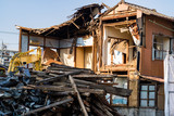 解体中の家