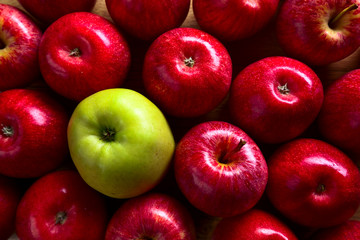 ripe juicy apples