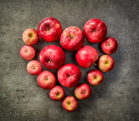 heart of red apples
