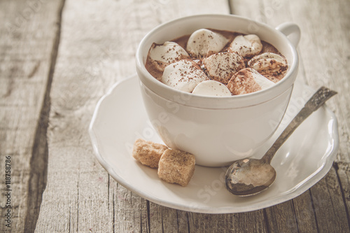 Fotobehang Chocolade Hot chocolate with marshmallows