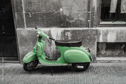 Foto op Canvas Scooter Roller Fahrzeug Alt Retro Vintage