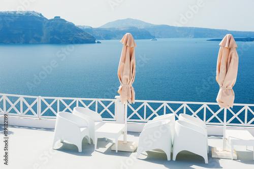 Zdjęcia na płótnie, fototapety, obrazy : White architecture on Santorini island, Greece.