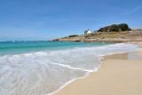 La magnifique plage de la Grève Blanche à Trégastel en Bretagne