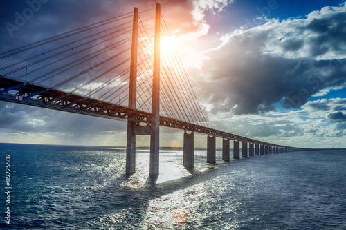 Zdjęcia na płótnie, fototapety na wymiar, obrazy na ścianę : The bridge Oresundsbron