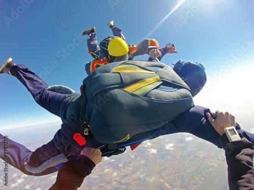 Zdjęcia na płótnie, fototapety, obrazy : Skydiving instructor pov of student