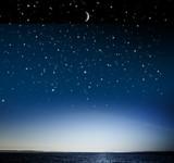 sternnehimmel über Wasser
