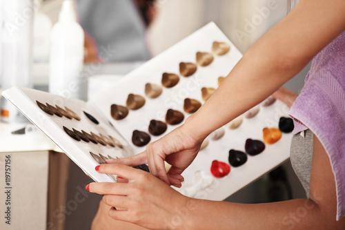 Próbki kolorów włosów