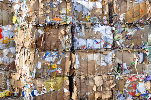 Poster Rohstoff Papier, Altpapier