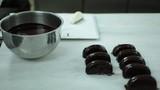 Çikolatalı Donat Hazırlanışı