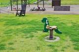 公園の恐竜の遊具