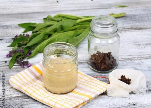 Alternative medicine,  filtering Comfrey ointment