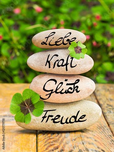 Steinturm,Glücksbringer auf Holz, Liebe, Kraft, Glück, Freude  Poster