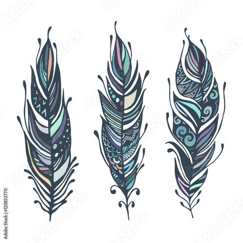 hand-gezeichnete-federn-tintenvektorillustration-boho-stil-design-elemente-ethnische-kreative-kritzeleien-isoliert