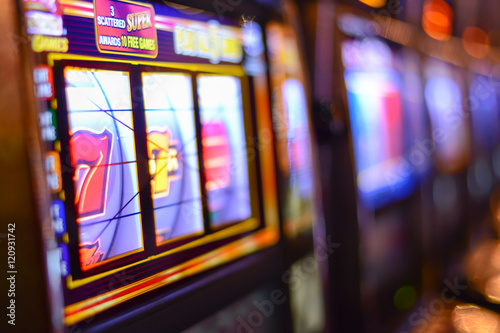 Poster Slot machines and gambling addiction in Las Vegas