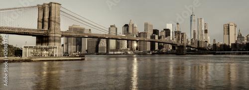Foto op Aluminium New York Brooklyn bridge and New York Skyline