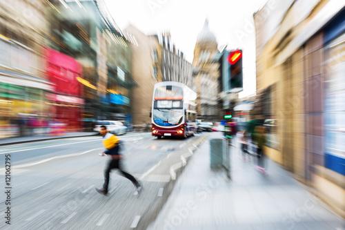 Plakat street scene of Edinburgh with zoom effect