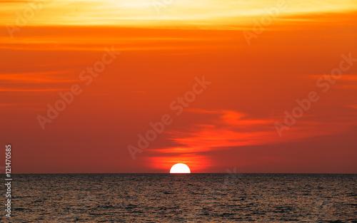 Papiers peints Orange eclat Goa.Sunset in the Arabian Sea.