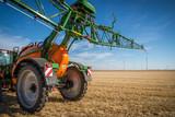 Maquinaria agrícola nuevos tractores y aperos de labranza