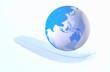 地球儀と羽