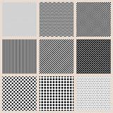 Set mit nahtlosen Mustern schwarz weiss, Basics mit Punkten, Streifen, Wellen und Karos - 121701775