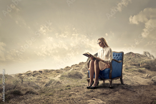 Staande foto Fantasie Landschap Reading in a quiet place