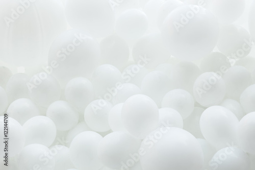 Background of white balloons