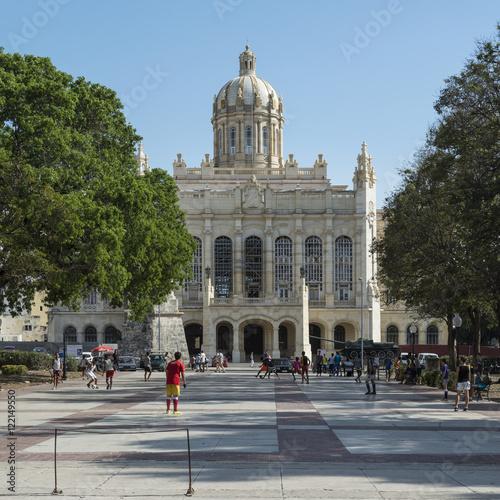 Fotobehang Havana Kuba; Das Revolutionsmuseum von Havanna.