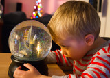 Mesmerized by the New York Christmas snow globe