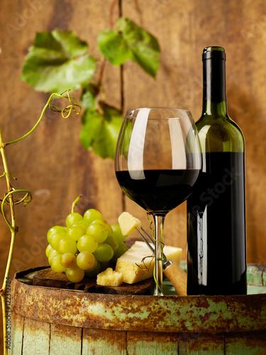 Winetasting © goir