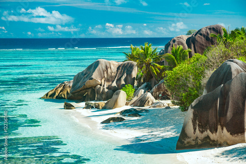 Foto op Canvas Tropical strand The most beautiful beach of Seychelles - Anse Source D'Argent